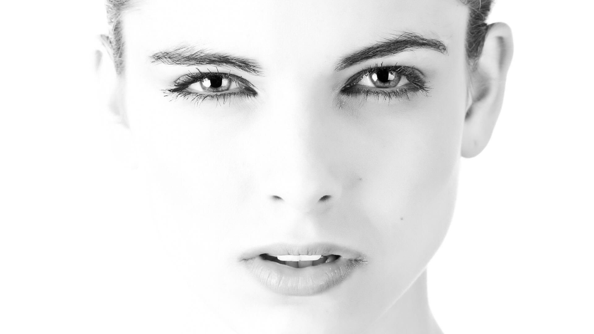 volto femminile bellezza e design